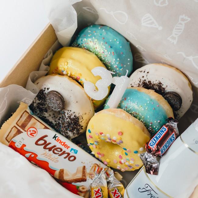 Cumpleaños donuts adulto